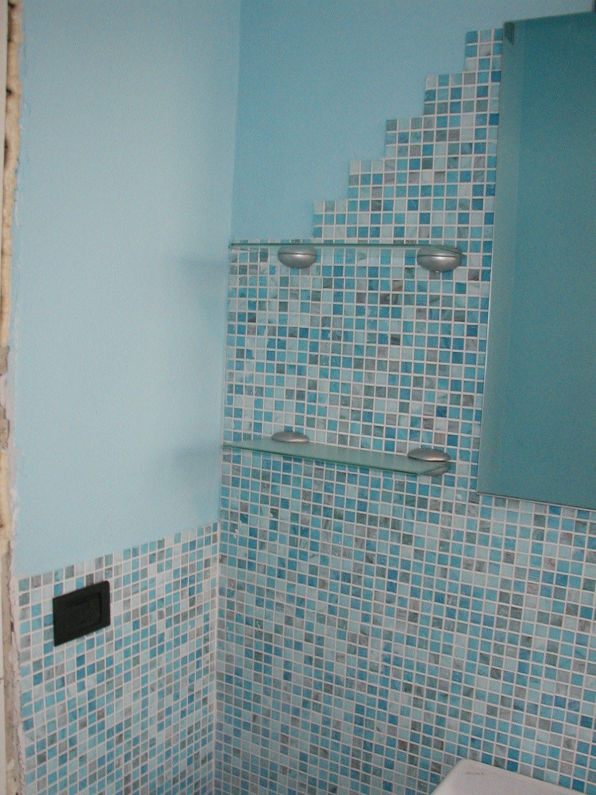Piastrelle bagno mosaico piastrelle bagno mosaico verde comarg interior design ed per bagno - Piastrelle a mosaico ...