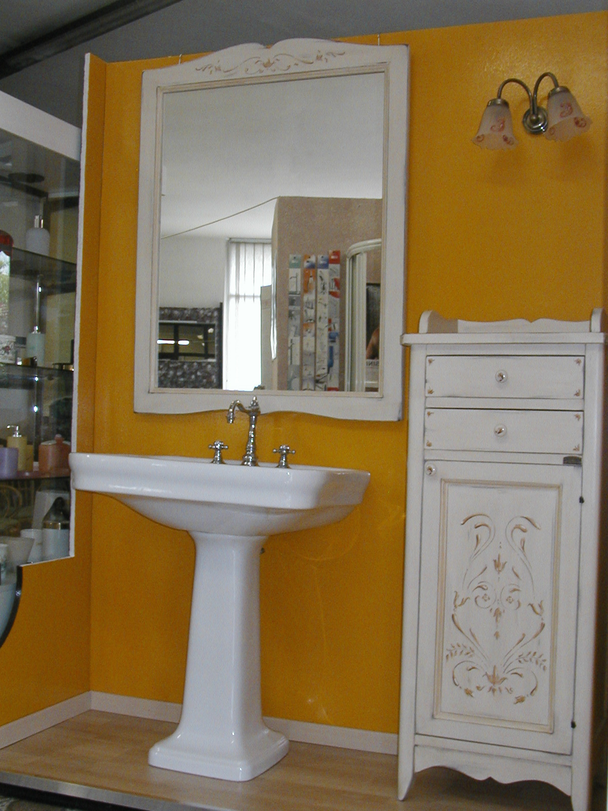 Idraulica Pelamatti - MOBILI DA BAGNO OFFERTA show room Outlet ...